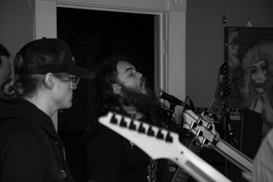 4-20_house_show15_gray